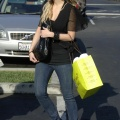 61021ashleesimpsonshoppinginmalibu18